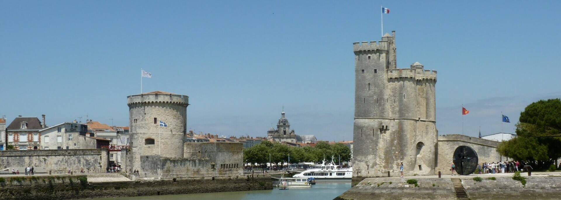 Le vieux port de La Rochelle © FDHPA 17