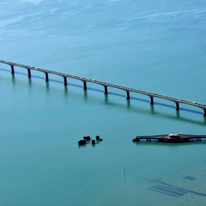 Die Brücke zur Ile d'Oléron und die Austernparks © FDHPA 17