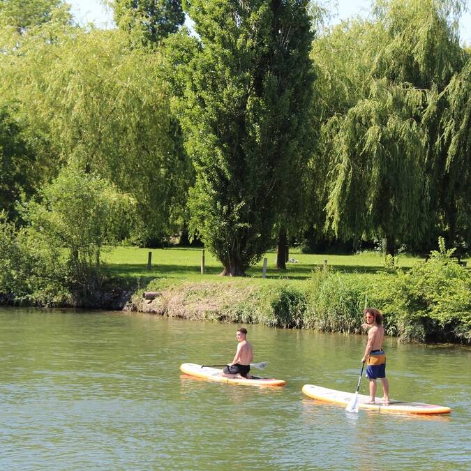 Stand-up Paddling auf der Charente - ©P.Migaud / FDHPA17